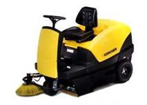 德国柴油机驱动驾驶式吸尘扫地车,清扫车