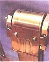 带式撇油机