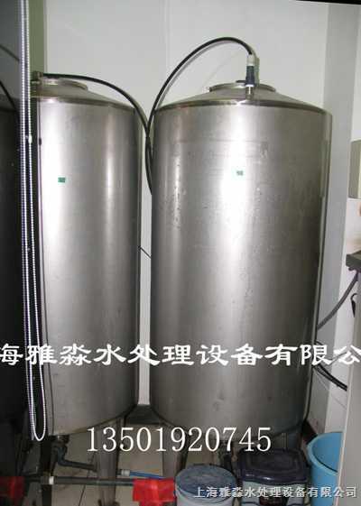 【详细说明】   供应不锈钢水箱,圆柱不锈钢
